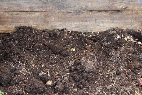 树叶堆肥有机肥_草堆肥_成都绿康有机肥