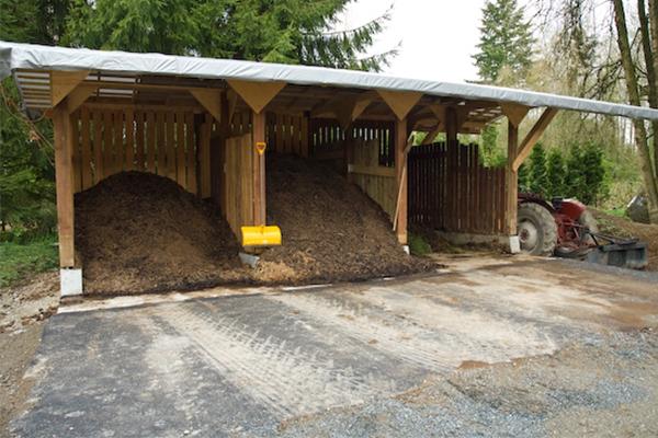 堆肥的关键组成部分:温度,水分和氧气